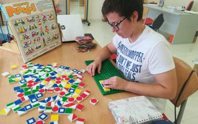 50 usuarios de ADACE CLM se benefician en toda la Comunidad Autónoma de los Talleres de Terapia Funcional