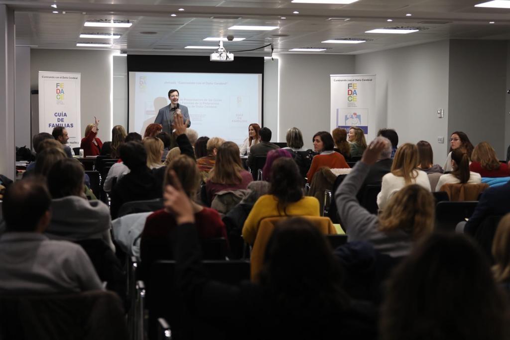 Imagen de la presentación de los nuevos recursos informativos del Movimiento Asociativo del Daño Cerebral