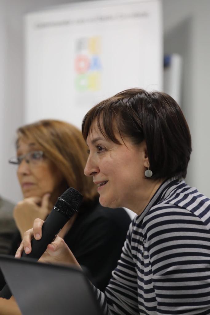 La neuropsicóloga de ADACE CLM en Ciudad Real, Primitiva González, participa en el acto de presentación de los nuevos recursos informativo de FEDACE