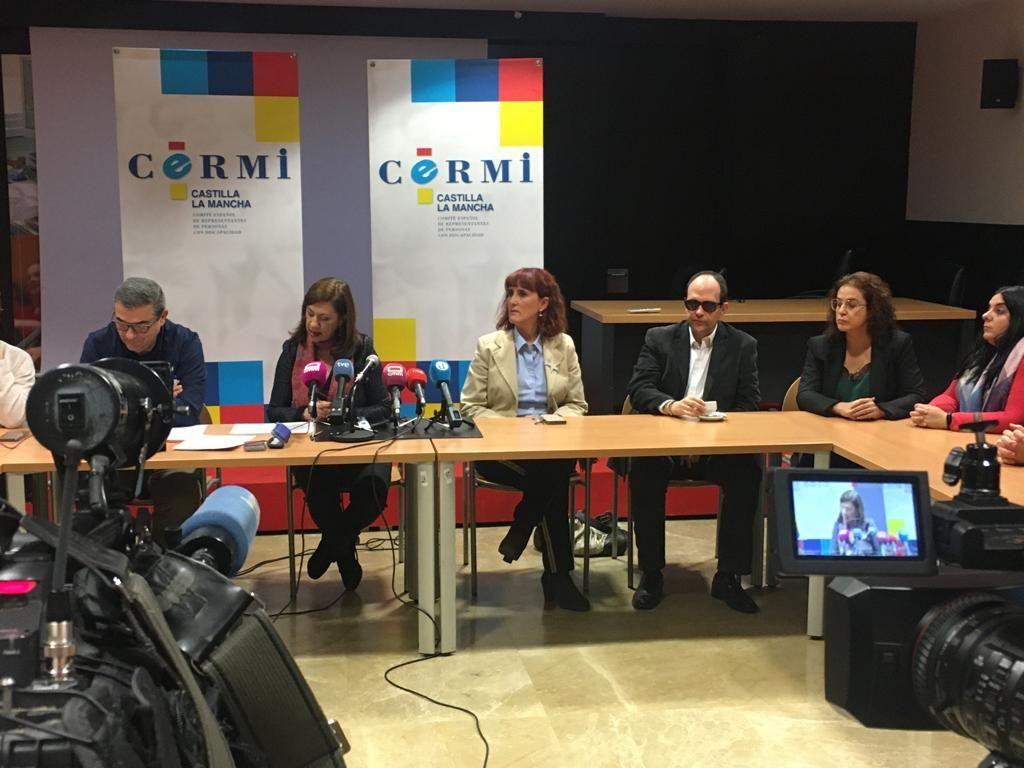 Rueda de prensa del Movimiento Asociativo de la Discapacidad de Castilla-La Mancha con motivo del Día de la Discapacidad